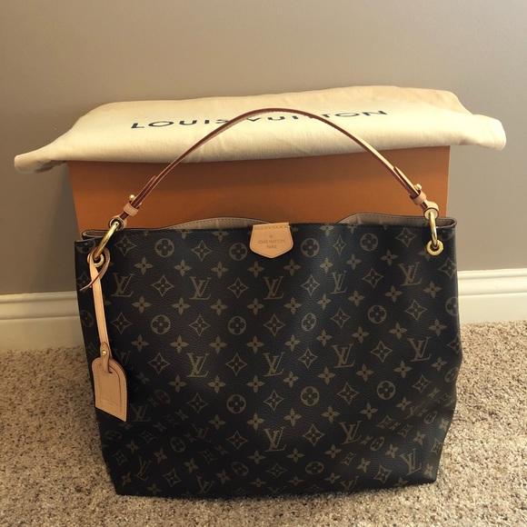 dbbd66201bdd Louis Vuitton Handbags - Louis Vuitton Graceful MM